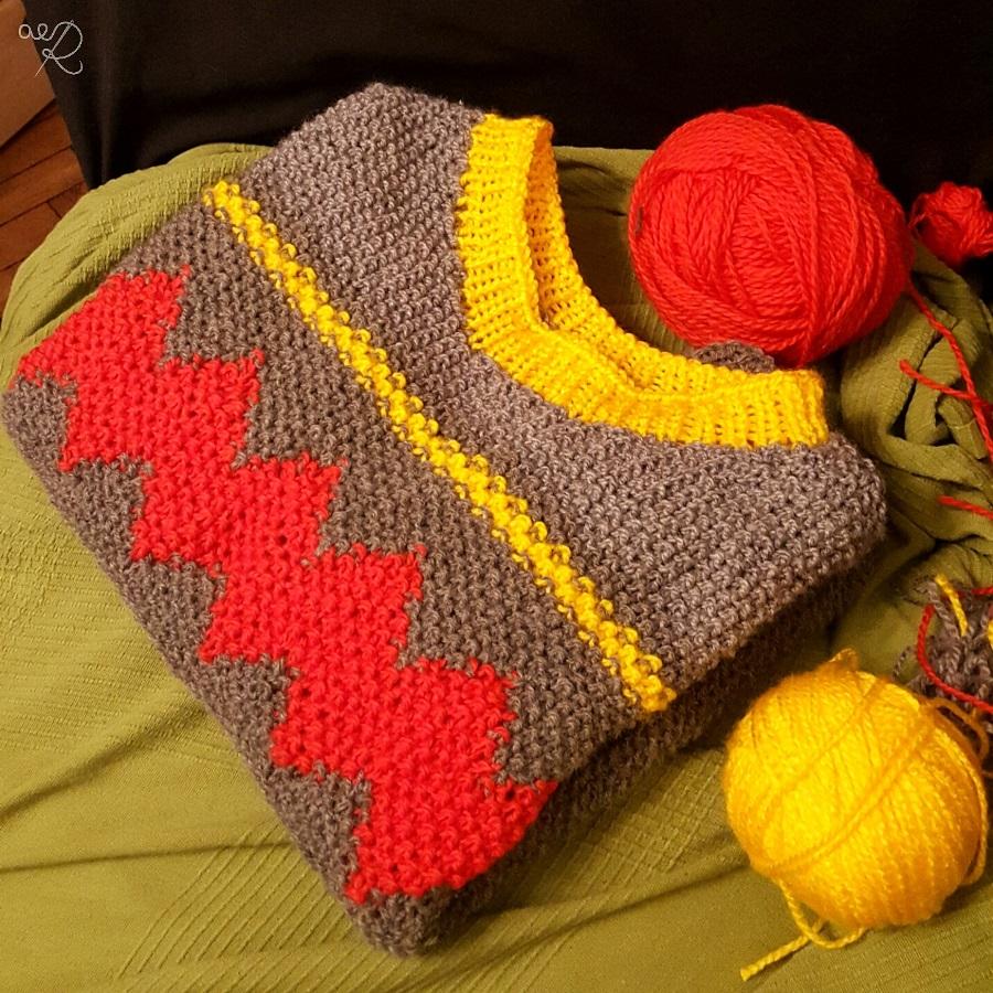nowy sweter na drutach