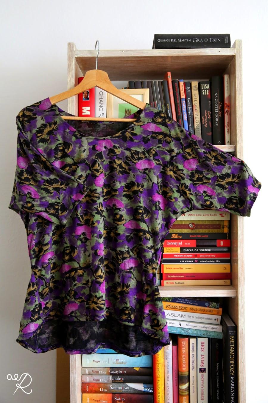 dzianinowa bluzka w kwiaty
